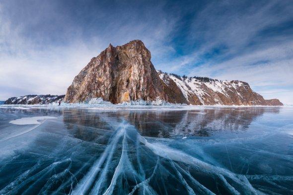 baikal-lake-ice
